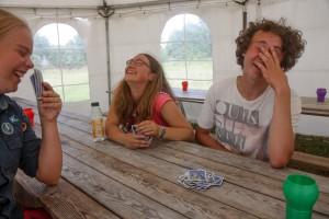 Kortspel på läger